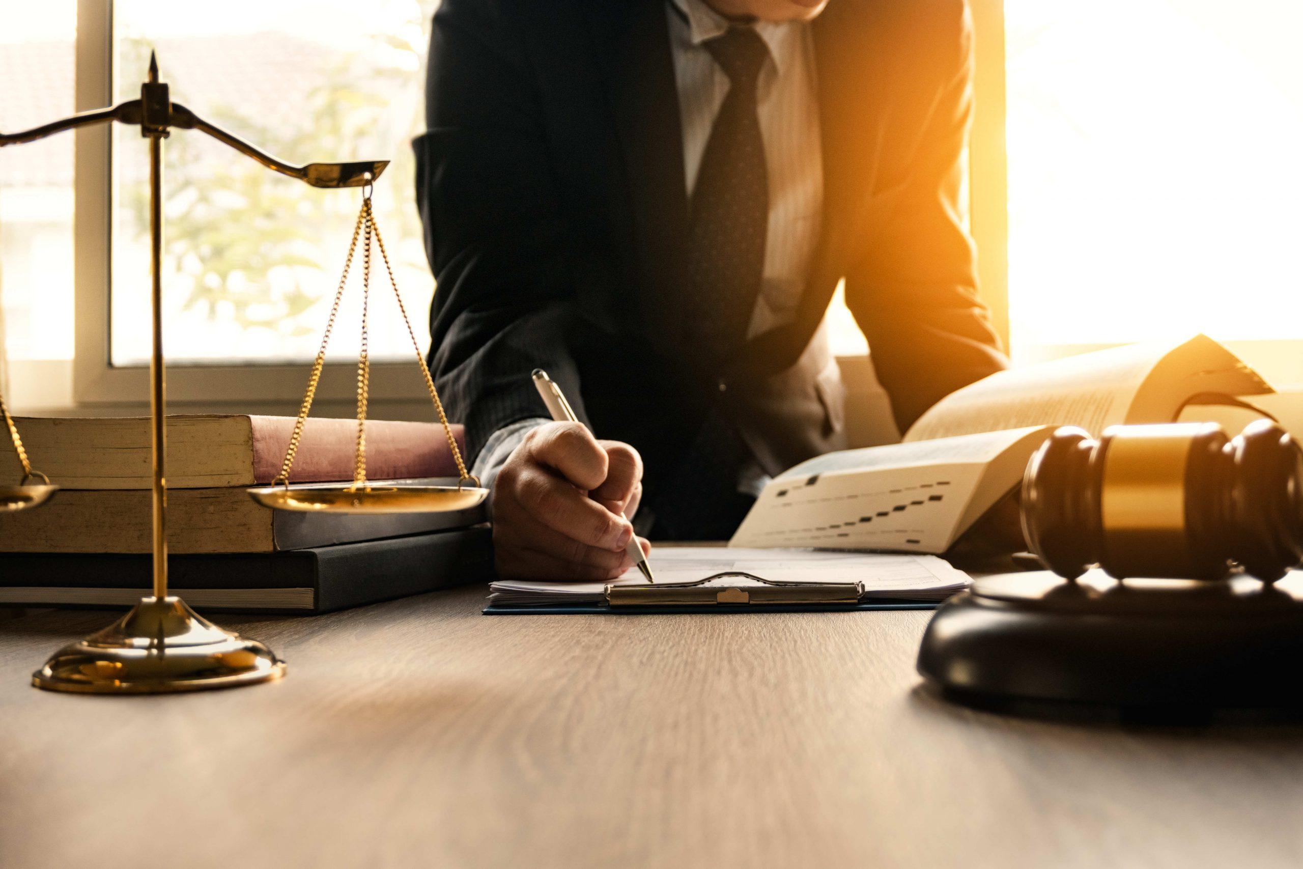 11 Mitos sobre los abogados