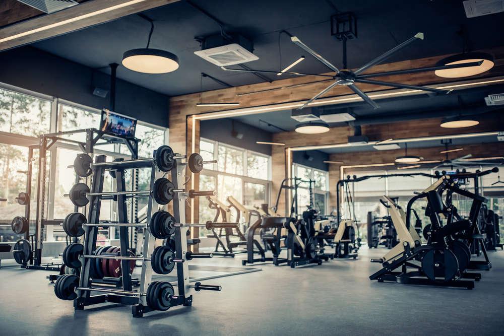 Los gimnasios mejoran sus instalaciones para seguir ganando clientela